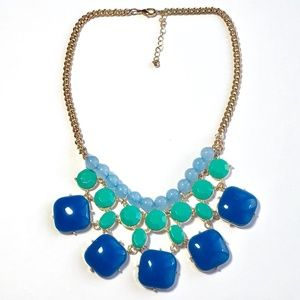 Jewelry - blue & teal bib style statement necklace